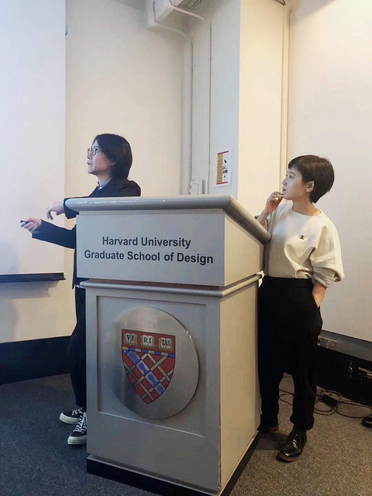 "Liu Tao and CC gave a talk at GSD class- ""topology and imagination"", to introduce our latest projects."